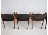 Cuatro sillas por Kai Kristiansen