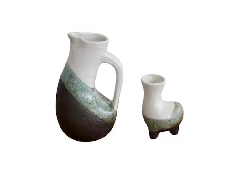 Conjunto de jarra y jarrón