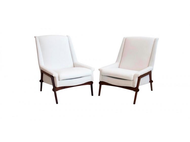 Par de sillones blancos
